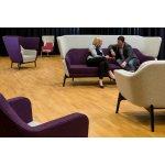 Ваш посетитель должен чувствовать себя комфортно в вестибюле на диване и оценить уровень сервиса.
